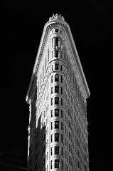 Flatiron // New York City (//Sebastian) Tags: new york usa flatiron building architecture black white monochrom sky simple minimal windows skyscraper lines straight grey clean fine art