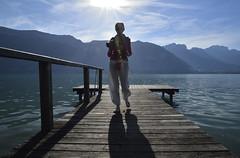 Lumineuse apparition :-) (Thierry.Vaye) Tags: ponton lac annecy savoie montagne eau contrejour bleu