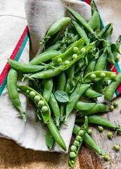 Green pea and radish tartines (David Lebovitz) Tags: greenpeas radish tartines recipe bread goatcheese davidlebovitz