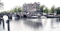 Serenity (Nico Geerlings) Tags: ngimages nicogeerlings nicogeerlingsphotography amsterdam grachten canals brouwersgracht prinsengracht holland netherlands fujifilmxt2 fujinon xf14mm