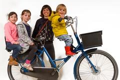 workcycles-fr8-3-kids (@WorkCycles) Tags: bike cargobike children dubbelzitter dutch fr8 mamafiets moederfiets seats transportfiets workcycles zadeltje zitjes