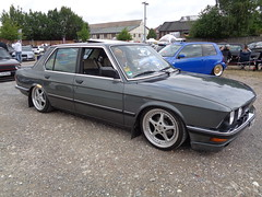 BMW 5er E28 (911gt2rs) Tags: treffen meeting show event howdeep tuning tief low stance slammed custom oldschool youngtimer bimmer 520i 525i 535i 530i grau grey oz wheels felgen sedan