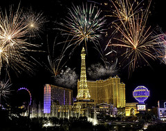 0246937071-90-Fireworks over the Las Vegas Strop-1 (Jim There's things half in shadow and in light) Tags: 4thofjuly america canon1635mmf4islens independenceday lasvegas nevada night canon5dmarkiii fireworks street summer thestrip paris eiffeltower