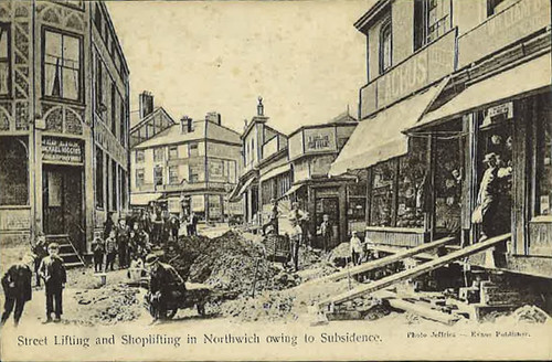 Junction of Crown Street, High Street and Witton Street (during reconstruction) – around 1913