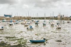 Low Tide (pni) Tags: harbour pier water sea cloud sky oceanfloor boat algae seaweed uk17 penzance cornwall uk england unitedkingdom pekkanikrus skrubu pni