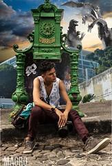 TOKU SHOW #godzillavskingghidora #urbano #pelourinho ##monsters (Dr.Magro) Tags: monsters urbano pelourinho godzillavskingghidora