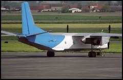 LZ-MNL - Oostende Bruges (OST) 13.05.2001 (Jakob_DK) Tags: 2001 ost ebos oostende ostend–brugesinternationalairport ostendairport antonov antonov26 an26 cargo curl spn scorpionair
