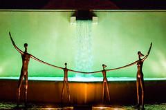 La Familia (Thomas Hawk) Tags: aliciabueno fourseasons fourseasonspuntamita hotel lafamilia mexico puntamita resort sculpture fav10 fav25 fav50