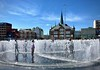 NEW FOUNTAIN BY THE QUAY OF AARHUS HARBOUR. (LARSERAQ) Tags: fountain playground aarhus harbour teacher parents kids grandparents waterart larseraq sony dsc rx1rm2 35mm f20 fixed lens fullframe