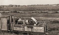 U.S. Naval Guns on lead car of Manila-Dagupan RR train  ca 1900 (SSAVE w/ over 8 MILLION views THX) Tags: philippines philippinerailway manilarailroadcompany maniladagupanline 1899 railroad steamlocomotive americanoccupation spanishamericanwar