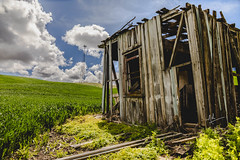 The Shaky Shack! (ashpmk) Tags: shack farm farmlands farmhouse palouse washington washingtonstate eastwashington northwest nw pnw sky