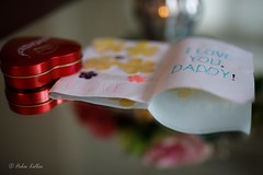 A Father's Day Present (hakankalkan) Tags: 5dmkiv sigma canon card chocolate kids fathersday present love family