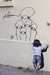 MurMure_6384 passage Saint Sébastien Paris 11 (meuh1246) Tags: streetart paris murmure passagesaintsébastien paris11 enfant