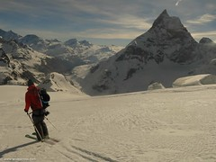 Last day skiing with Matterhorn right there, towards Zermatt