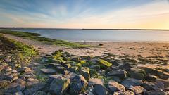 272 sec at the Brouwersdam (Wim Boon (wimzilver)) Tags: canon canoneos5dmarkiii canonef1635mmf4lisusm leefilternd09softgrad leelandscapepolariser brouwersdam holland nederland wimboon wimzilver zonsondergang sunset le landschap