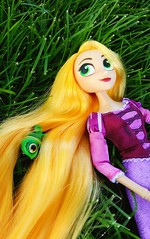 Raps! (ozthegreatandpowerful) Tags: tangled series theseries before ever after rapunzel disney store cassandra doll cartoon 2d
