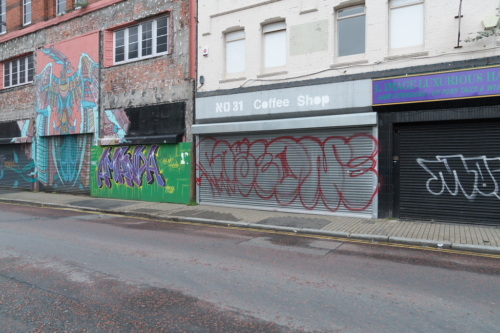 STREET ART AND GRAFFITI IN BELFAST [ANYTHING BUT THE FAMOUS MURALS]-129174