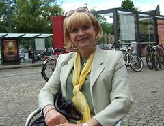 Domplatz (Marie-Christine.TV) Tags: feminine transvestite lady mariechristine tgirl tgurl fashion secretary skirtsuit sexy tv sekretärin kostüm schick dame woman beauty blonde crossdresser