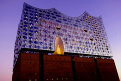 Germany, Hamburg (ClaDae) Tags: germany europe hamburg architecture buildings modern harbor elbphilharmonie elbe hafencity landmark skyline concerthall architecturefirmherzogdemeuron deutschland blue fujifilm tx20