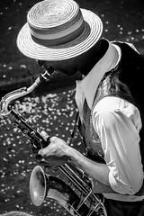 saxo (Laurent Hutinet) Tags: noiretblanc portrait nb blackandwhite saxophone musique canoneos550d eos550d