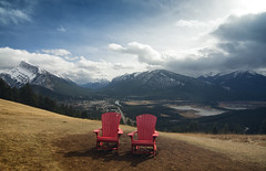 Kick Back and Enjoy the View (gwendolyn.allsop) Tags: mt rundle sulphur mountain view landscape banff canada d5200