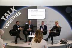 OECD Forum 2017: Talk Together: Session: Integrating Migrants Into the Labour Force (Organisation for Economic Co-operation and Develop) Tags: buis eichhorst menéndezvaldés oecdforum2017talktogethersessionintegratingmigrantsin liebig oecdforum2017talktogethersessionintegratingmigrantsintothelabourforce