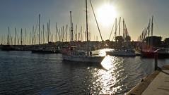 2017.06.11.002 PORT CROUESTY - Coucher de soleil (alainmichot93 (Bonjour à tous - Hello everyone)) Tags: 2017 france bretagne morbihan presquîlederhuys arzon portdecrouesty port portdeplaisance voilier bateau boat coucher de soleil sunset