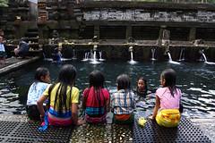 Holy Spring Water temple (MelindaChan ^..^) Tags: holy spring water temple holyspringwatertemple bali indonesia 印尼 巴里島 chanmelmel mel melinda melindachan life people worship play girl children kid