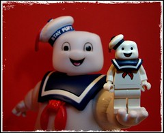 Puft Puft Pass (LegoKlyph) Tags: lego custom ghostbusters staypuft marshmallow movie icon 80s scifi ghosts nerd cartoon bricks minifigure