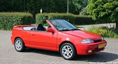 Suzuki Swift 1.3 cabriolet 1994 (XBXG) Tags: ttfr16 suzuki swift 13 cabriolet 1994 suzukiswift cabrio convertible roadster red rood rouge autoweek forum meeting carmeeting de meern demeern 2017 nederland holland netherlands paysbas old classic japanese car auto automobile voiture ancienne japonaise japon japan asiatique asian vehicle outdoor
