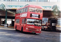 M 446  GYE446W  Heathrow 29.3.84 (busmothy) Tags: a528lpp framesrickards railair m446 gye446w mcw heathrow airport london londontransport leylandtiger metrobus airbus a2 plaxton