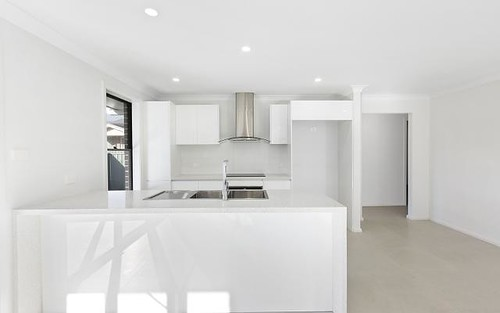 1/25A Warner Ave, Wyong NSW