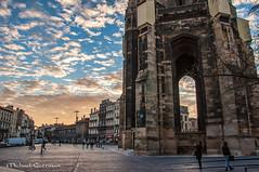 Quartier Saint Michel - Bordeaux France (Michael Guttman) Tags: quartiersaintmichel bordeaux france laflèchesaintmichel basiliquesaintmichel townsquare belltower sunset clouds architecture buildings sky
