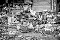 Jaipur 5 (rokobilbo) Tags: jaipur india street market people shopkeeper vegetables strolling environment