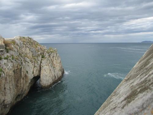 Acantilado en Castro Urdiales. Castro Urdiales (Cantabria).