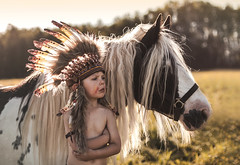 Howgh (Jagoda 1410) Tags: indian ecogypsytraditionalcob horse childhood childrensphotography childphotography sajrum portrait outdoor