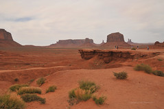 John Ford Point Monument Valley (Vee living life to the full) Tags: sky cloud clouds blue picture view nikond300 2017 holiday travel tourism tourist placestovisit traveller pleasure usa california arizona distance city architecture creosote rock cliff sheer drop mountains monumentvalley utah skyline horizon sitting geology sedimentary compression uplift
