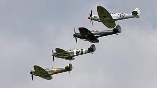 SPITFIRE DISPLAY  BBMF  RAF
