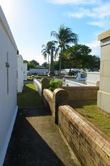 Key West (Florida) Trip 2016 2216Rif 4x6 (edgarandron - Busy!) Tags: florida keys floridakeys keywest cemetery cemeteries keywestcemetery grave graves tomb tombs