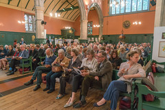 Audience for William Dalrymple - Koh-i-Noor (smaaaevents) Tags: audience bedfordparkfestivaljubilee kohinoor stmichaelandallangelsbedfordpark williamdalrymple