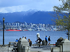 Vancouver sea wall at Coal Harbour (Ruth and Dave) Tags: cyclist pedestrians vancouver seawall burrardinlet coalharbour northshore mountains view sea inlet ocean water