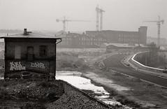 Niemandsland (grapfapan) Tags: film analog blackandwhite monochrom 2001 prenzlauerberg berlin germany