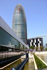 Torre Agbar and Museu del Disseny, Barcelona (nick taz) Tags: tower torreagbar museum museudeldisseny barcelona spain