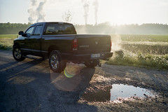 Dodge Ram 5.7 Hemi 4x4 (bas_on_film) Tags: believeinfilm filmsnotdead ishootfilm dodge ram ram1500 1500 pickup truck offroad field feld country sun sunrise v8 hemi american germany uscar