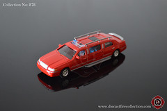 No. 878 | MUSCLE MACHINES | Ford Firetruck Limo (www.diecastfirecollection.com) Tags: diecast metal model toy emergency fire feuerwehr bomberos pompiers fuoco department fd 164 collection musclemachines ford truck limo