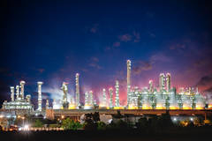 Oil refinery (Patrick Foto ;)) Tags: blue business chemical chemistry chimney color construction dark diesel distillation distillery ecology energy engineering environment factory fuel gas global industrial industry light metal night oil petrochemical petrol petroleum pipe pipeline plant pollution power production refinery sky smoke smokestack stack station steam steel structure sunset supply tank technology tower tube twilight mueangrayong rayong thailand th