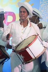Conga Los Hoyos (2017) 05 (KM's Live Music shots) Tags: worldmusic cuba congasantiaguera congaloshoyos requinto drums neworleansjazzheritagefestival culturalexchangepavilion fairgroundsracecourseneworleans