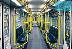 U-Bahn, metro de Berlín (Alemania) (jsg²) Tags: berlin berlín deutschland alemania jsg2 fotografíasjohnnygomes johnnygomes fotosjsg2 unióneuropea europa europe ue europeanunion postalesdelmusiú germany federalrepublicofgermany bundesrepublikdeutschland ubahn untergrundbahn berlinerverkehrsbetriebe bvg ubahnberlin metro ferrocarrilmetropolitano rapidtransit heavyrail subway tube underground
