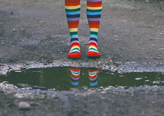 Striped (CoolMcFlash) Tags: socks striped colorful colors person standing reflection puddle water red shoes canon eos 60d socken streifen gestreift bunt farben stehen woman frau spiegelung pfütze wasser rot schuhe fotografie photography fashion mode funky tamron f004 90mm macro