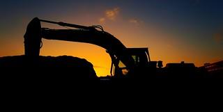 Sunrise + Bagger Excavator